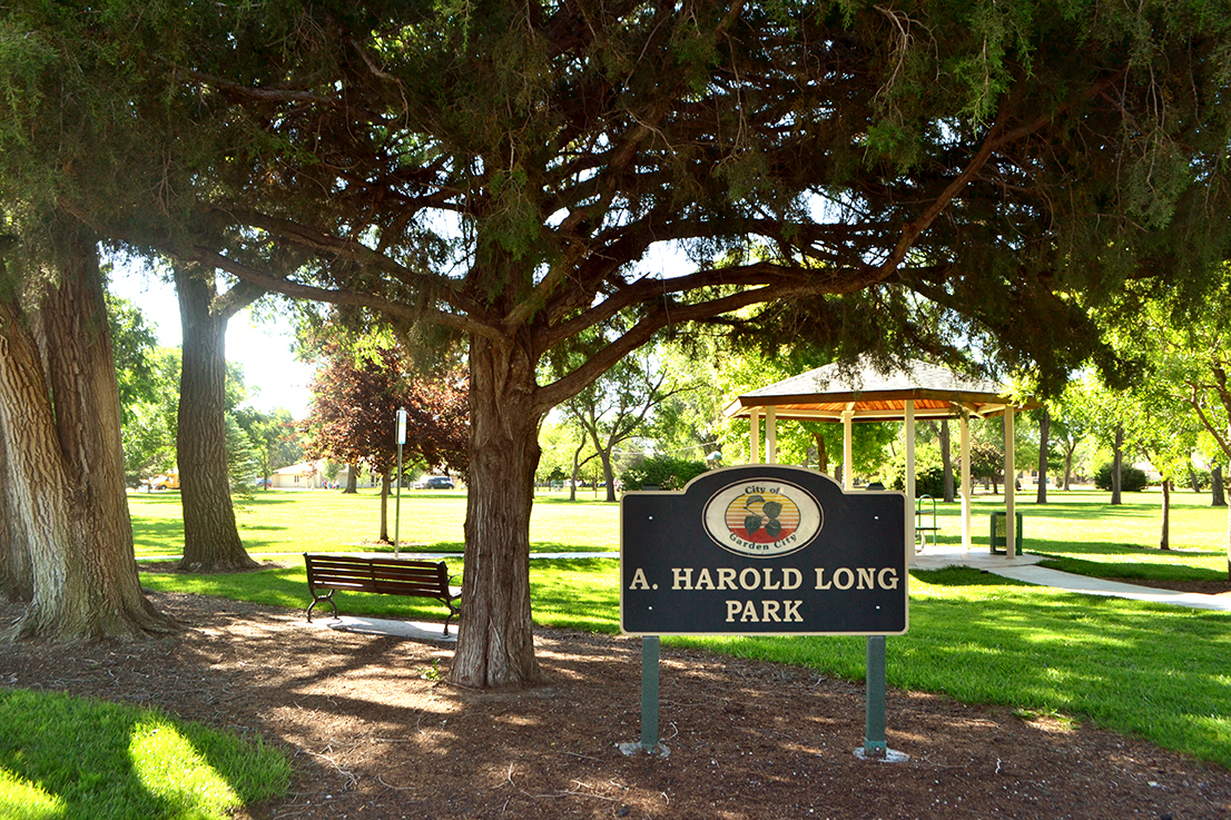 Garden City Ks >> Harold Long Park Facilities Garden City